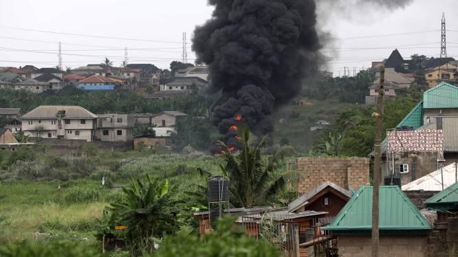 Priester verwart wijwater met benzine: gelovige levend verbrand en nabije gaspijpleiding ontploft