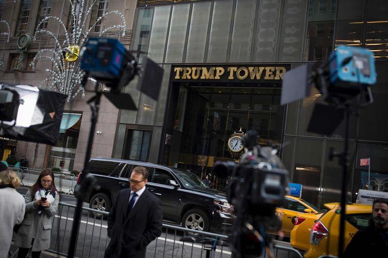 De met gouden letters versierde vooringang van de Trump Tower Beeld anp
