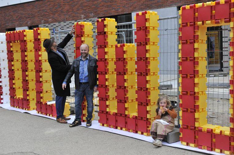 Met bouwblokken maakten de leerlingen het Hollywood-sign na.