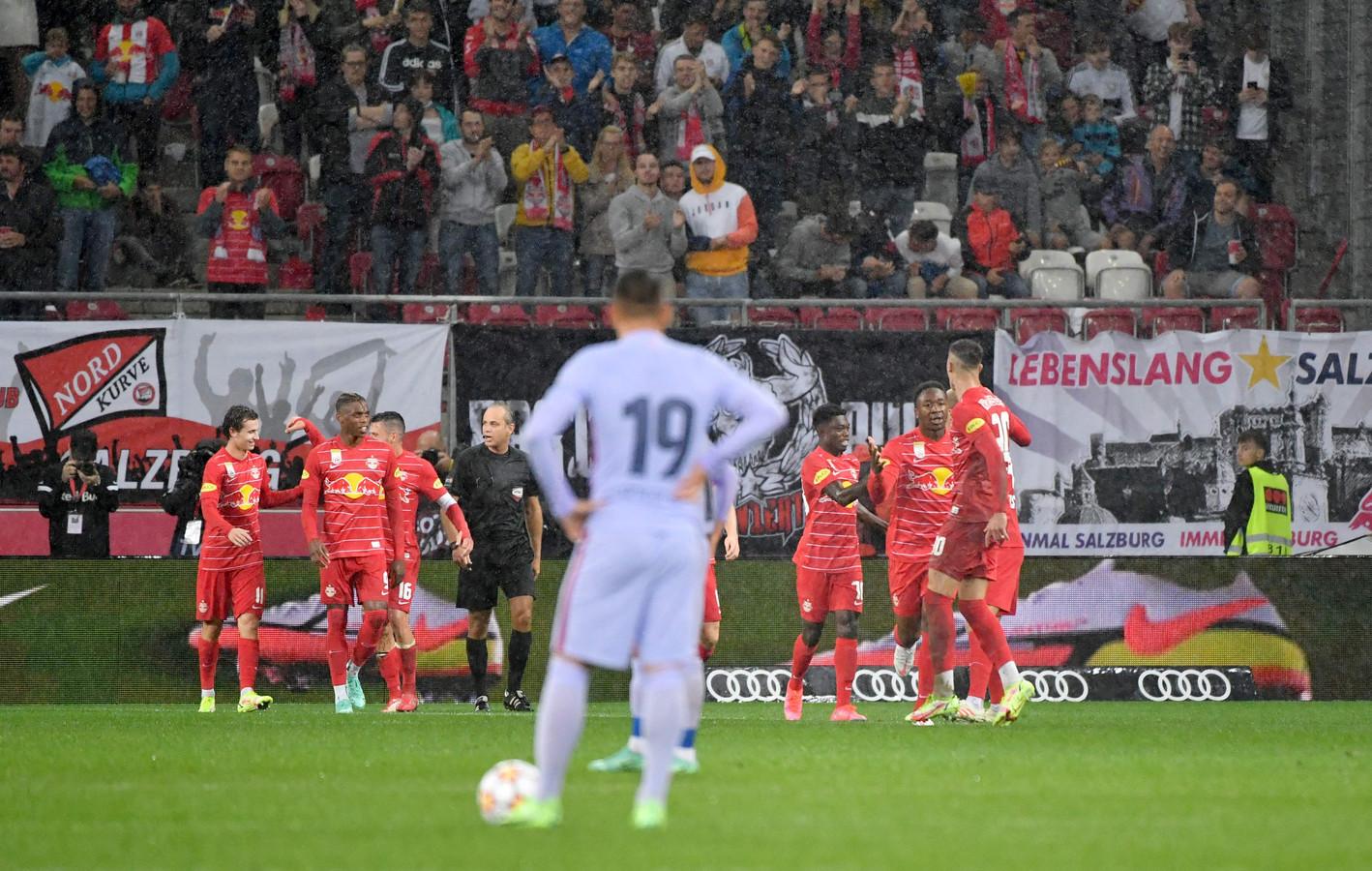 Salzburg viert de 2-1.