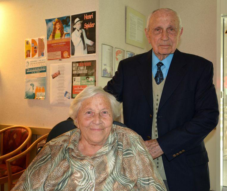 zestig jaar huwelijk voor leonie en willy galmaarden regio hln. Black Bedroom Furniture Sets. Home Design Ideas