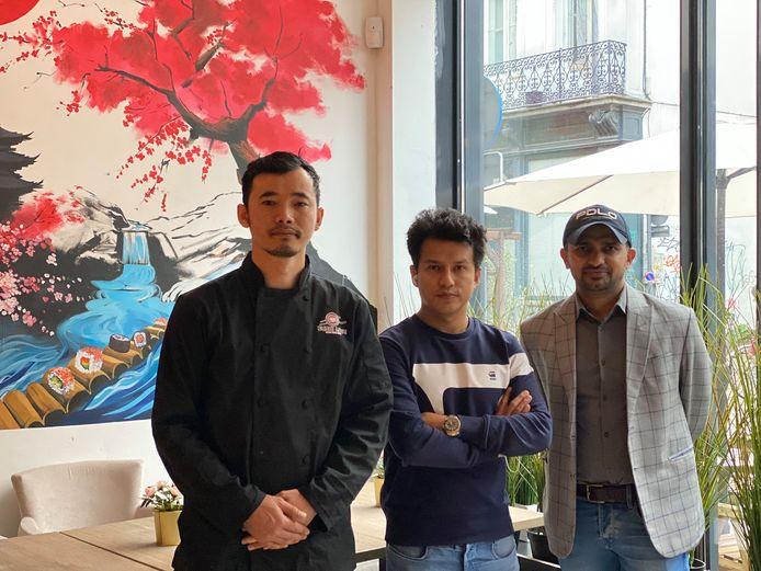 Ramesh Limbu, zijn broer Kindra Limbu en Dhurba Subedi van Sushi Love.