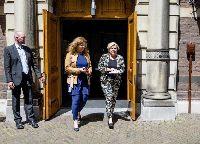 Minister Ank Bijleveld van Defensie (CDA) na afloop van de wekelijkse ministerraad op het Binnenhof.