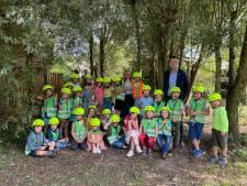 25 nieuwe fietshelmen voor het eerste leerjaar van basisschool Paalbos