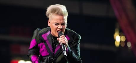 Pink overdondert met indrukwekkende show in Johan Cruijff Arena