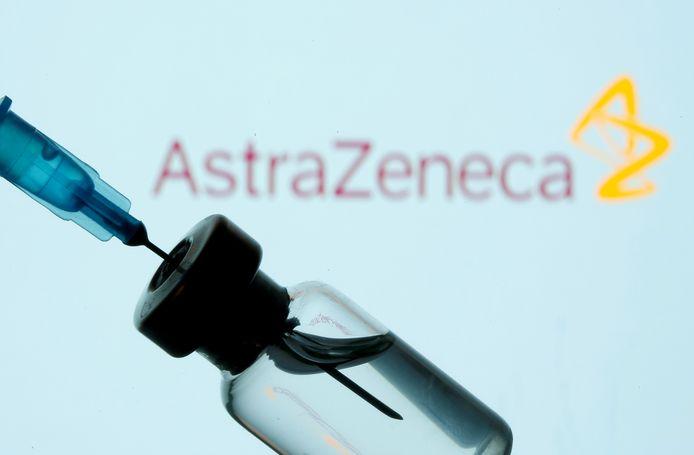 L'Agence européenne des médicaments (EMA) a annoncé le 12 janvier avoir reçu une demande d'autorisation pour le vaccin AstraZeneca/Oxford contre le nouveau coronavirus