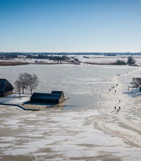 IJszeilers door het ijs gezakt in Harderwijk, verder weinig incidenten
