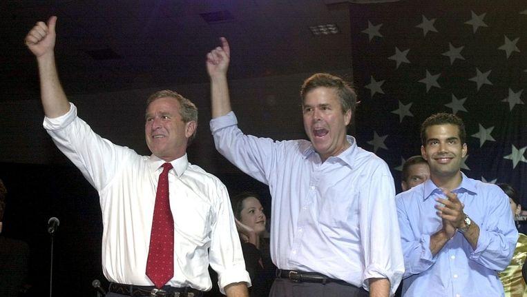 George W. Bush, Jeb Bush en George P. Bush Beeld afp