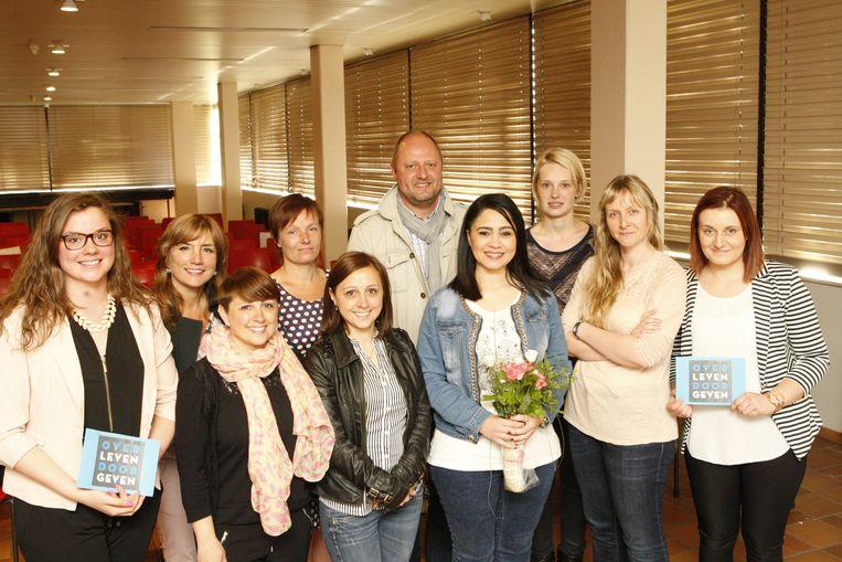 Laatstejaars Ewelina Bielan en Myrthe Reniers organiseerden een infodag over orgaandonatie voor hun medeleerlingen.