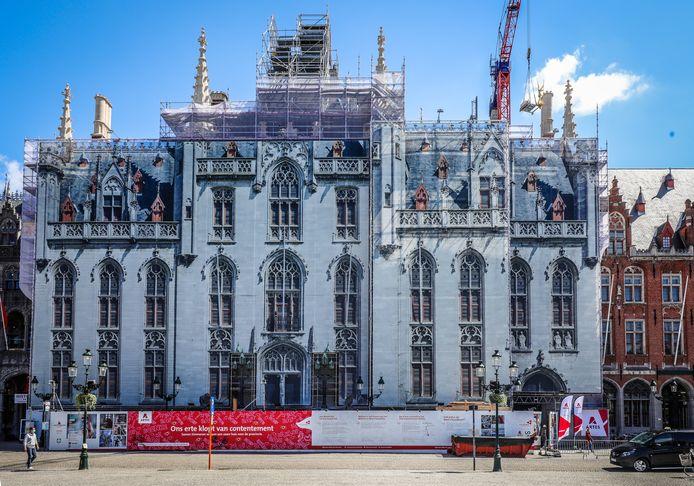 Het Provinciaal Hof in Brugge wordt momenteel gerestaureerd.