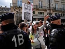 Deze Fransen protesteren tegen vaccinatiebeleid: 'Nu is het genoeg geweest'