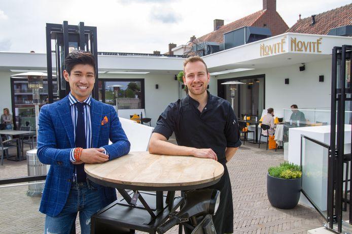 Henry Lim (L) en Joris Scharpach, de eigenaren van restaurant Novité.