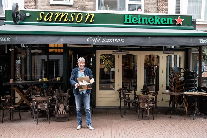 Frits Cleijne van café Samson.