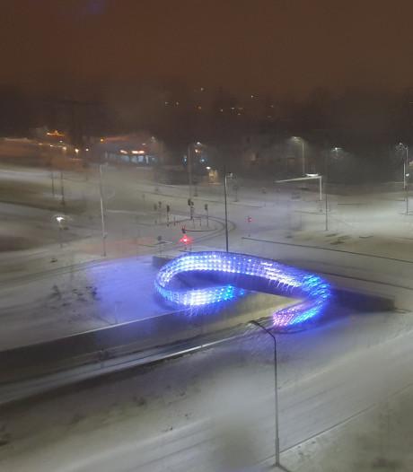Brabant ontwaakt onder pak sneeuw, veel ongelukken door gladheid