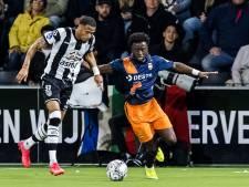 Teruggkeerde Owusu over pijnlijke Heracles-goal: 'Misschien had ik mezelf voor de bal moeten gooien'