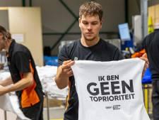 Drukkerij uit Deventer overstelpt met aanvragen na shirtjesactie Arjen Lubach