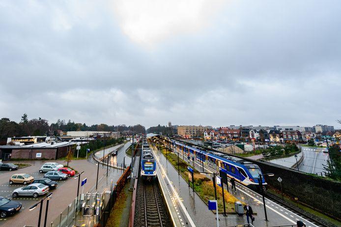 De gemeente De Bilt heeft plannen om 670 huizen te bouwen rond station Bilthoven.