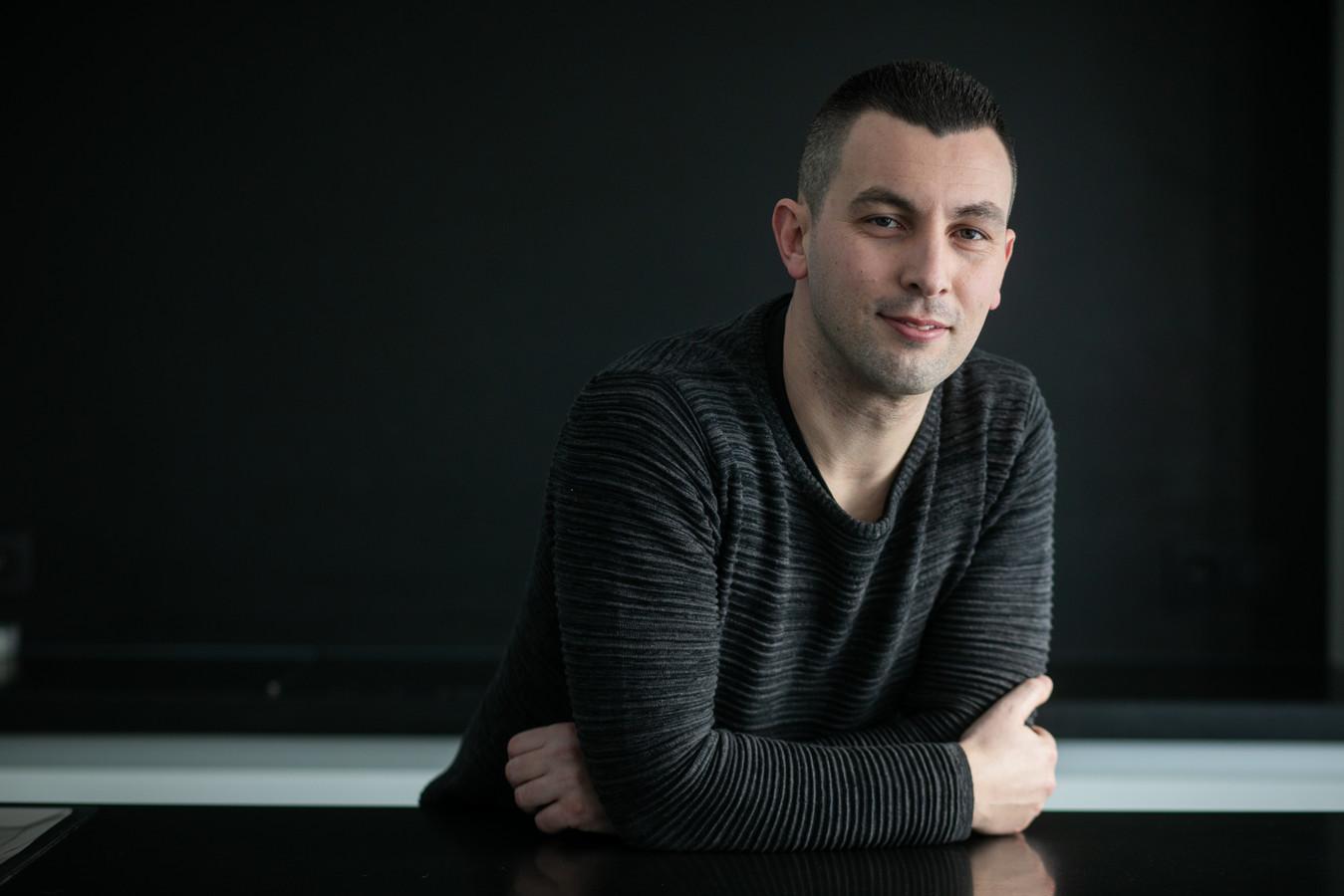 Daniel Guijo-Velasco was voetballer en is nu aan het werk als psychiatrisch verpleegkundige.