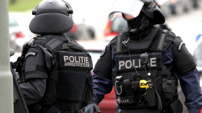 Leden van een arrestatieteam van de politie. Foto ter illustratie.