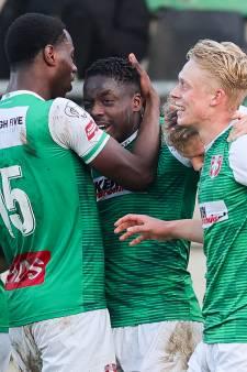 FC Dordrecht door verdiende zege tegen Helmond Sport slechts één dag op laatste plaats