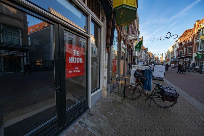 Een deel van de leegstaande winkels zal nooit meer gevuld worden, nu de klant versneld internet heeft ontdekt.