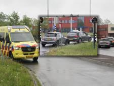 Rijexamen van Rijssenaar (18) eindigt in nachtmerrie: botsing in Almelo, examinator gewond naar ziekenhuis