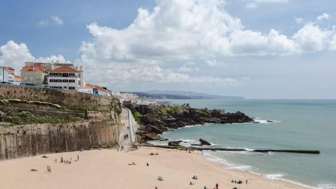 Australisch koppel stort te pletter bij nemen van selfie in Portugal