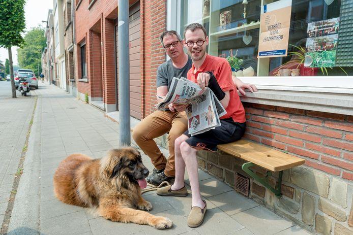 Onder meer aan 't Huys van 't Veldzicht vzw vind je een gevelbank. De stad Brugge wil er nu nog veel meer in het straatbeeld zien verschijnen.