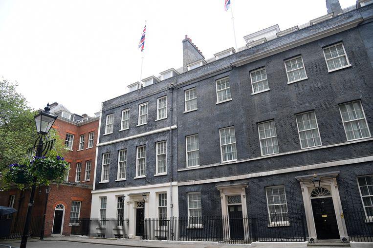 Downing Street no. 10 (geheel rechts); de ambtswoning van de Britse premier.  Beeld REUTERS