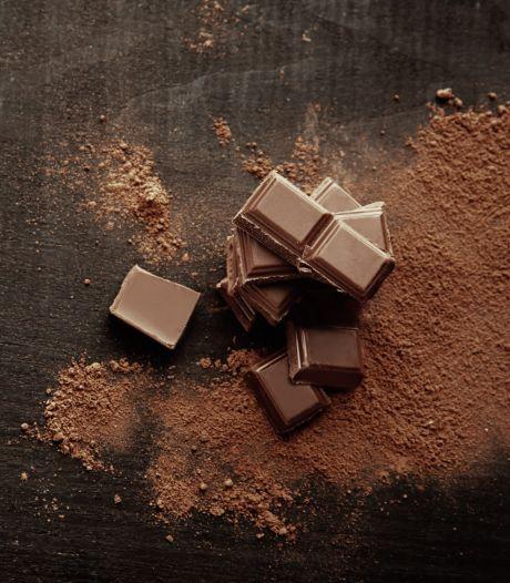 Zoveel gezonder zijn pure chocolade-eitjes dan de variant met melkchocolade