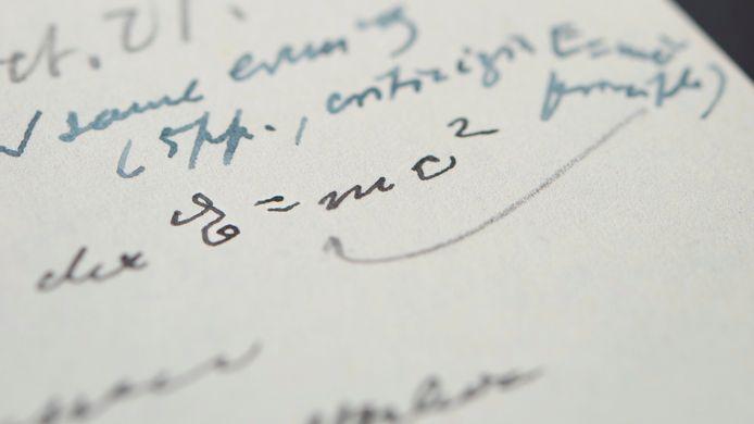 Le physicien a écrit l'équation la plus célèbre de l'histoire de la science E=mc2.