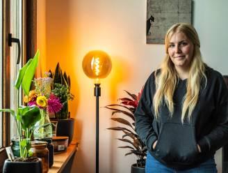 """Na drukke opnameweken voor De Cooke & Verhulst Show, kijkt Amelie Albrecht uit naar eerste zaalshow: """"Het publiek heeft altijd gelijk. Meestal toch"""""""