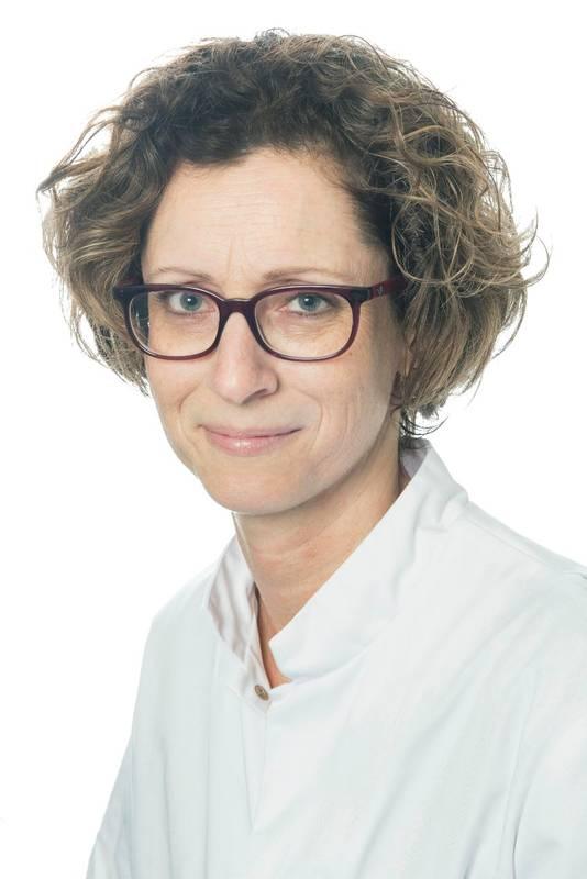 """Leonie Strobbe: ,,Het is zeer frustrerend om door de lange lijnen en vele schijven in een academisch ziekenhuis als arts geen knopen te kunnen doorhakken. En ook als patiënt is mij het totale gebrek aan flexibiliteit bijgebleven."""""""