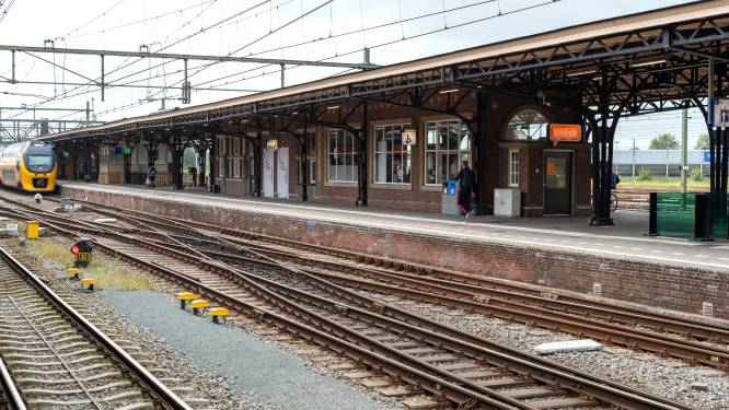 Hollen om je trein te halen in Roosendaal straks voorbij