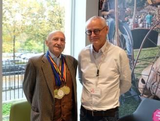 85 jaar oud, geopereerd aan zijn hart, maar toch haalt Lodewijk nog gouden medailles in loopwedstrijden