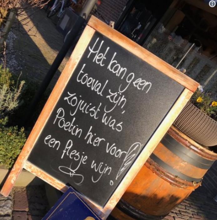 Het krijtbord van wijnhandel Henri Bloem in Arnhem