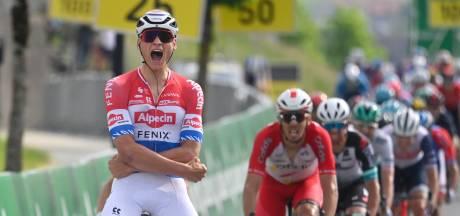 Van der Poel wint wéér in Zwitserland en pakt gele trui: 'De Tour is nog een eindje weg'