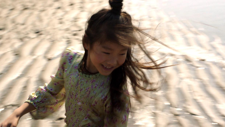 Een beeld uit 'Meisjesjongensmix', de 6,5 minuut durende documentaire van Lara Aerts over Wen Long. Beeld