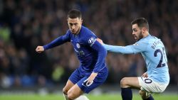 Eden Hazard beslist Engelse topper: Rode Duivel smeert met Chelsea na twee assists City eerste nederlaag aan