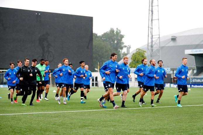 FC Eindhoven aan het trainen.