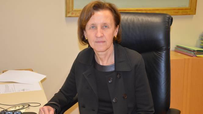 """Ex-secretaris Ninove weer aangesteld als algemeen directeur na klacht bij Raad van State, burgemeester laat verleden rusten: """"Ik geloof in een goede samenwerking"""""""