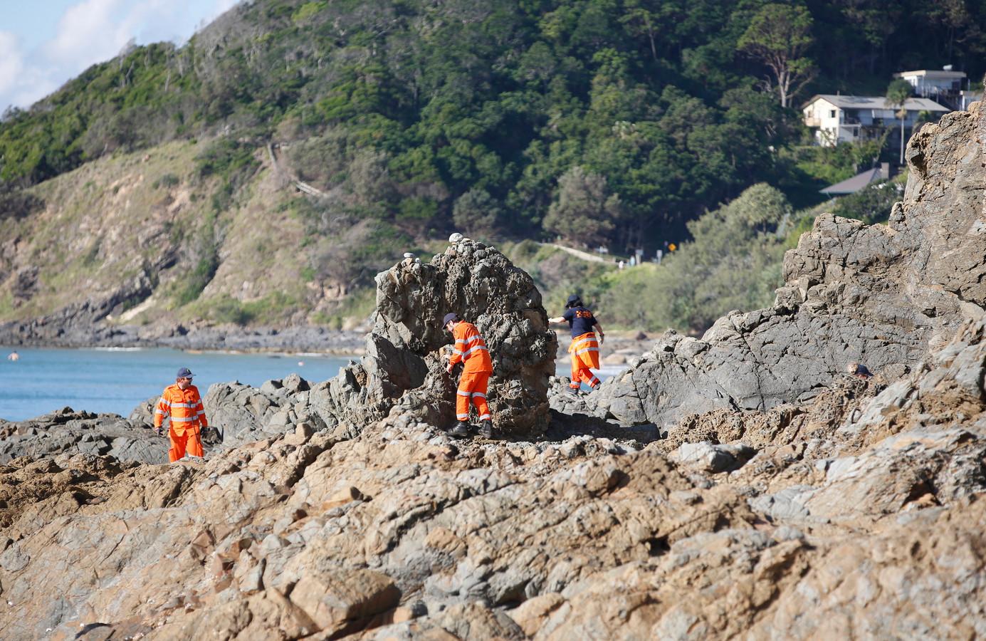Des volontaires à la recherche de Théo Hayez, à Byron Bay.
