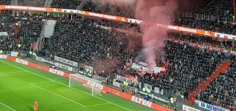 KNVB geeft PSV boete wegens afsteken van vuurwerk door supporters