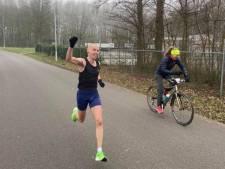 Jeroen Kramer doet in Axel geslaagde greep naar de macht op halve marathon