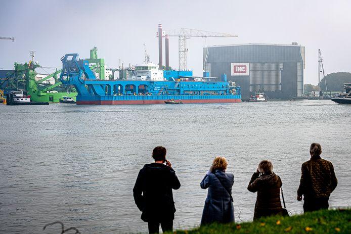 IHC gaat zich richten op haar kerntaak: het bouwen van schepen.