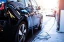Met elektrische auto's en laadpalen loopt Nederland voorop.