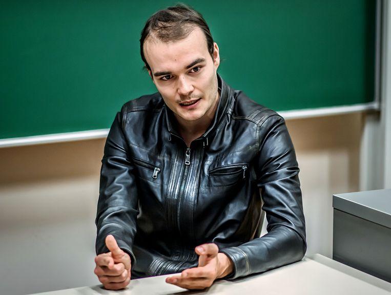 Stefan Willems: 'Op mijn 21ste ben ik keihard op mijn bek gegaan: ik heb toen in twee dagen tijd 80 procent van mijn portefeuille verloren. Ik ben er een half jaar ziek van geweest.' Beeld Geert Van de Velde