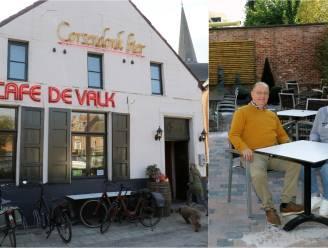 """Zware tegenslag voor caféuitbaters: """"Maandenlang geïnvesteerd in De Valk... om na 4 dagen al te moeten sluiten"""""""