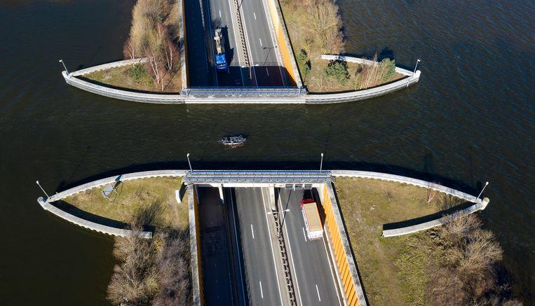 Aquaduct Veluwemeer in Harderwijk Beeld Freek van den Bergh