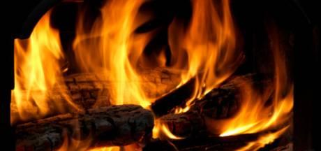 'Stookalert' voor Brabant: advies om vandaag geen hout te stoken omdat rook blijft hangen